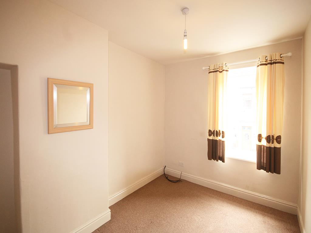 3 bedroom mid terrace house To Let in Barnoldswick - Property photograph